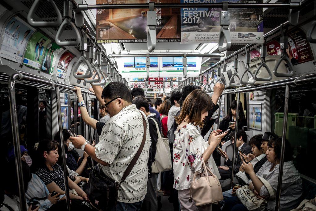 E-Commerceは時代遅れ!?アジアで沸騰中M-Commerce(モバイルコマース)とは!?